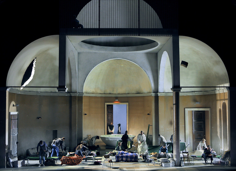 Kuppel für Parsifal 2016 in Bayreuth und akustische Nachbesserung 2017